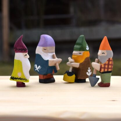 figurine lemn gnomi